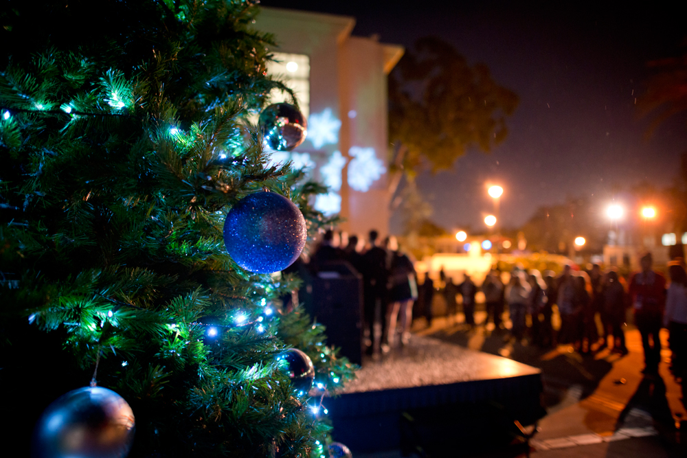 christmas from magazine - Merry Christmas to All From LMU Magazine