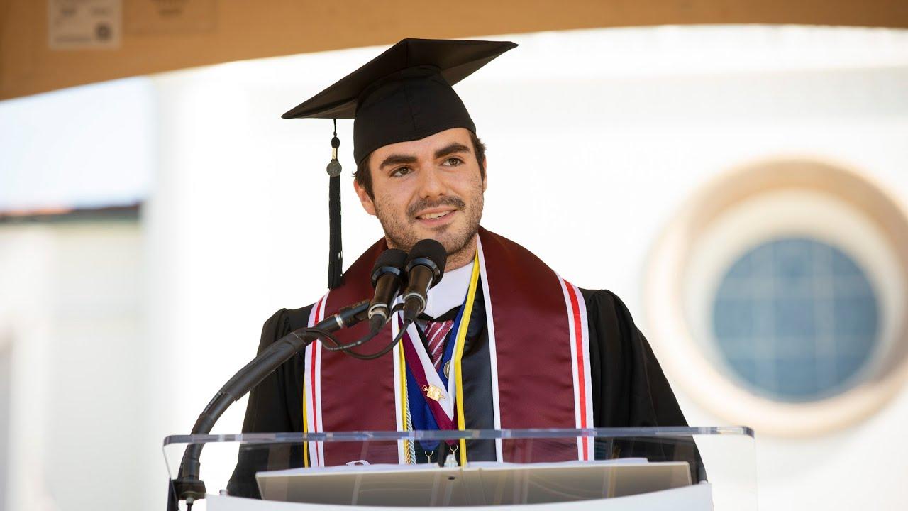 2019 Valedictorian Address by Alfredo Yei Hernández