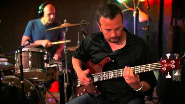 Gear: PRS SE Kingfisher Bass in a Trio