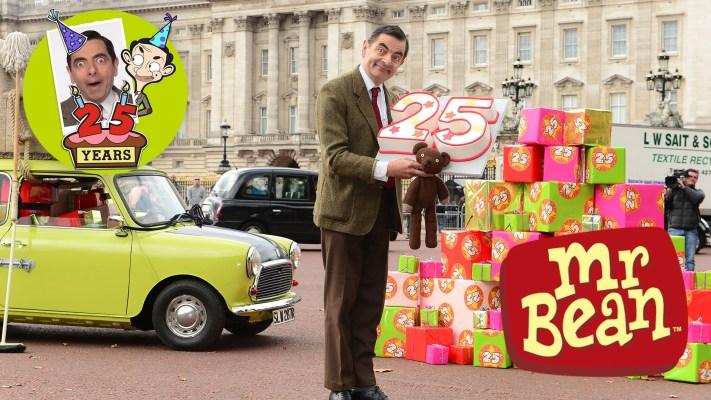 Mr Bean Drives His Mini Again!
