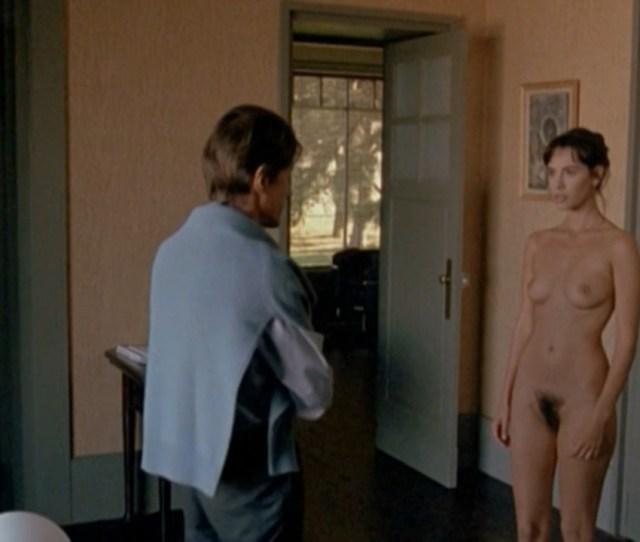 Nude Video Celebs Mathilda May Nude Toutes Peines Confondues