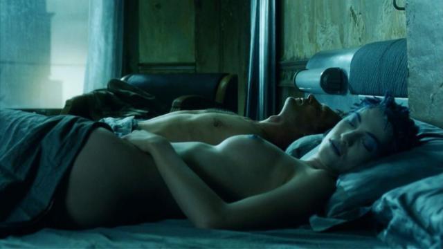 Linda Hardy Nude Immortel Ad Vitam 2004