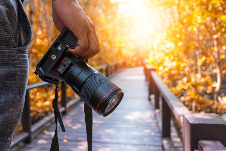 खुद को खरोंच से एक फोटोग्राफर कैसे बनें