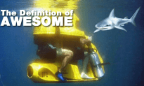 What Is Better Than An Underwater Scooter?  A Two Person Underwater Scooter!