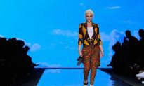 Gwen Stefani Brings HOT To L.A.M.B. For Spring 2011