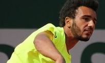 Tennis Player Kicked Out Of French Open For Trying To Make Out With Reporter