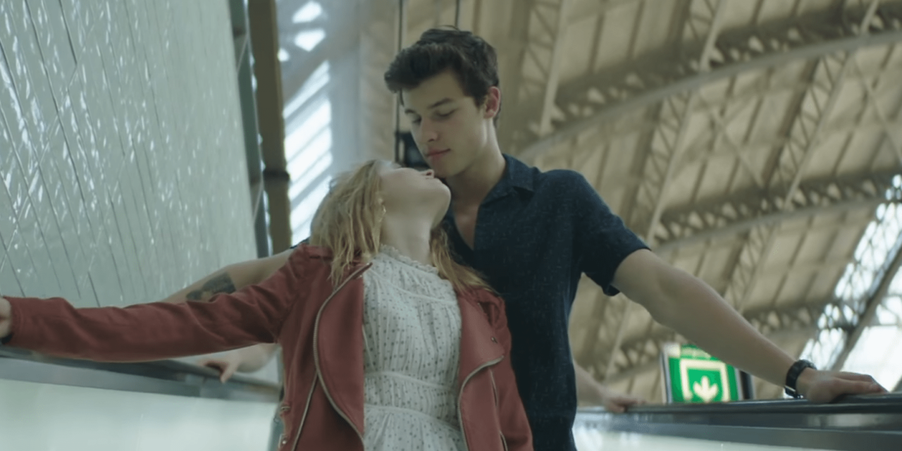 Shawn Mendes – There's Nothing Holdin' Me Back