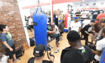 Floyd Mayweather Training Like a Boss For The Super Fight