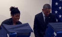 "Guy Tells President Obama – ""Don't Touch My Girlfriend"""