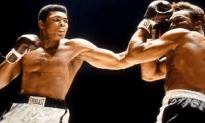 'The Greatest' Muhammad Ali On Life Support