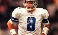 Aikman Headed For Divorce