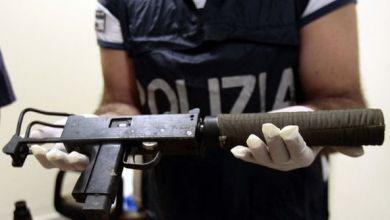 """Photo of Casoria – """"Alto impatto"""": la Polizia scopre arsenale della camorra"""