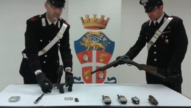 Photo of Napoli – Pianura: arrestato 18enne in possesso di pistola e fucile