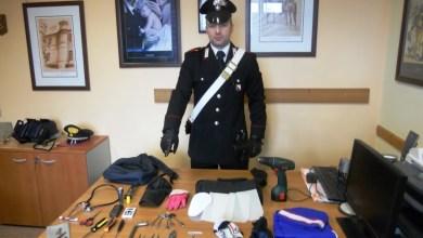 Photo of Castellammare di Stabia – Carabinieri arrestano due ladri di appartamento