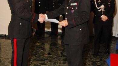 Photo of Napoli – Il Generale Mottola premia i militari che si sono distinti in operazioni di servizio