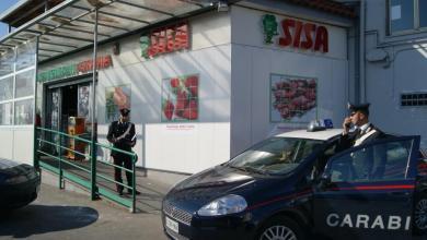 Photo of Pozzuoli – Rapina a supermercato: carabiniere libero dal servizio insegue e arresta un malfattore