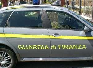 Photo of Scafati – Contrabbando oli, Gdf sequestra 7600 litri