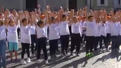 Photo of Nola – Sensibilizzazione Dsa: Flash mob in Piazza Duomo