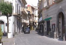 """Photo of Nola – Bar e ristoranti """"distratti"""", il sindaco mette ordine"""