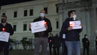 """Photo of Pompei – In piazza gli imprenditori """"dimenticati"""""""