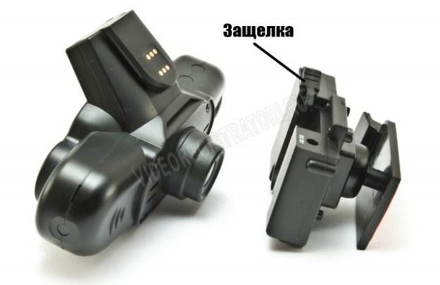 Видеорегистратор Каркам QX3 Neo - Кронштейн