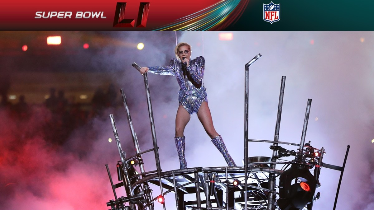 Lady Gaga Super Bowl Half Time Show Performance 2017 Video