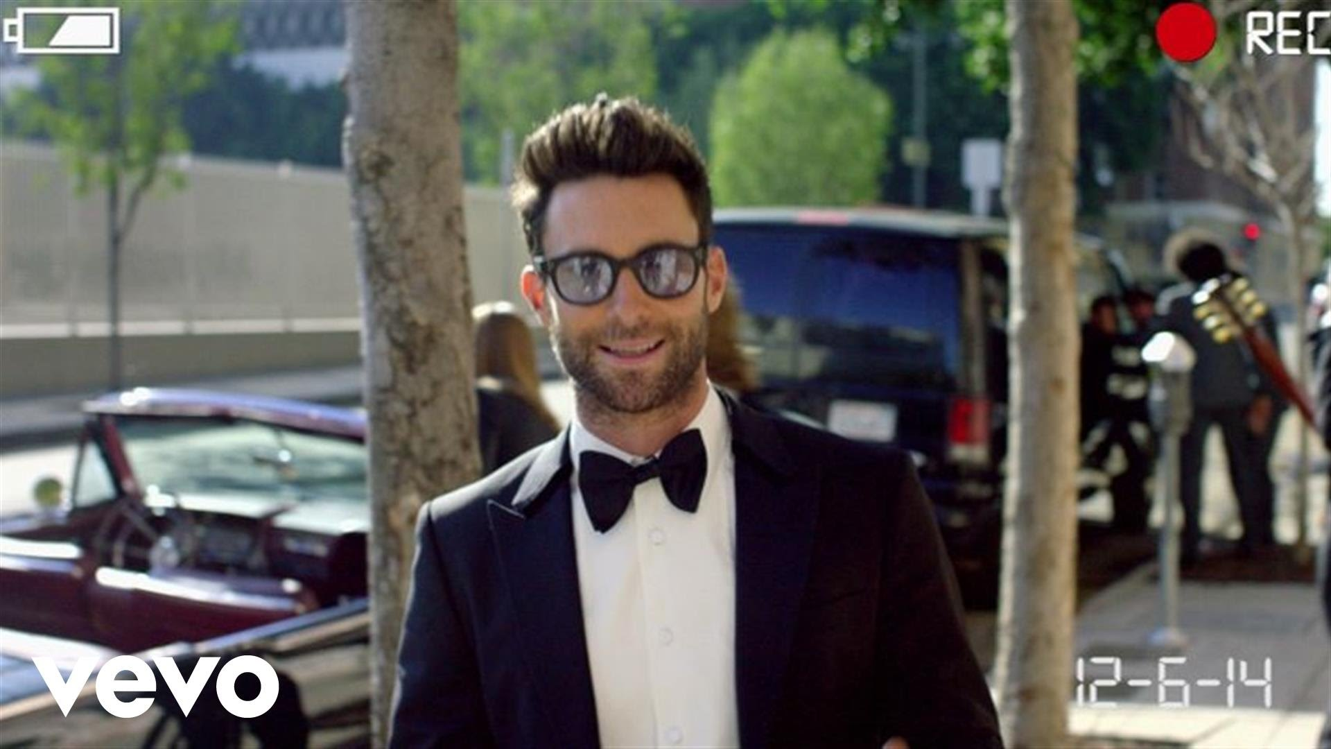Maroon 5 – Sugar – Music Video