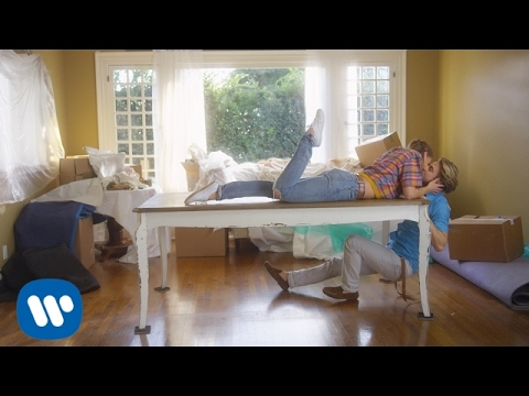 Michael Bublé – I Believe in You – Music Video