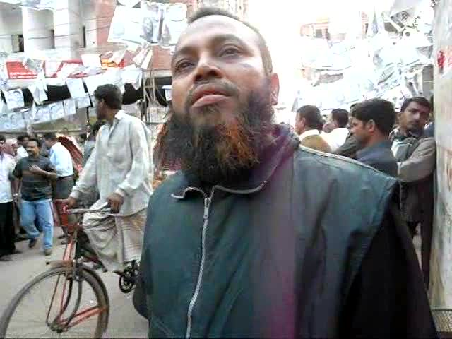 Mohammad Ali in Rayerbazaar, Dhaka talks of the number of people