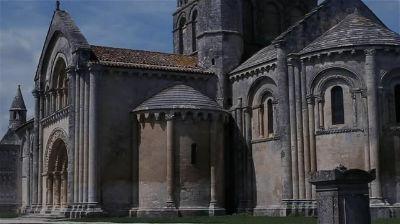 Saint Pierre de la Tour Aulnay de Saintonge