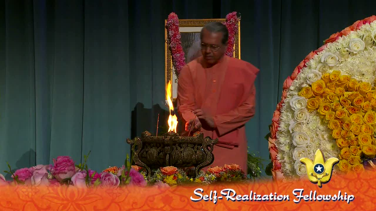 sri-daya-mata-memorial-service-part-10