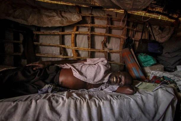 Insolite: Ils vivent Dans Les Toilettes Depuis 6 ans