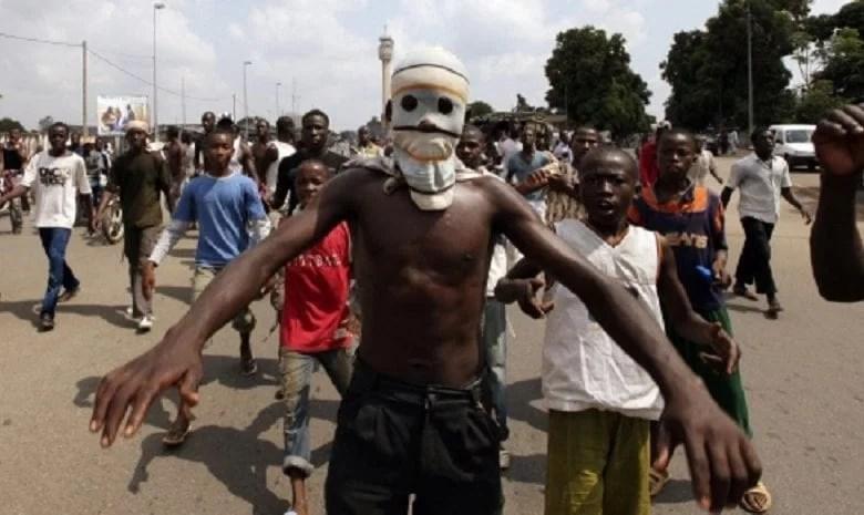 Urgent: Les Microbes Essaient D'Empêcher Les ivoiriens d'accueillir leur Président