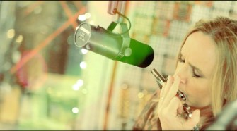 Melissa Etheridge - One Way Out (Music Video)