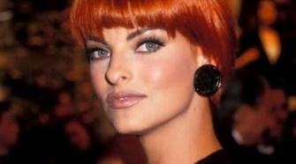 90'S Supermodel Linda Evangelista   Runway Throwback