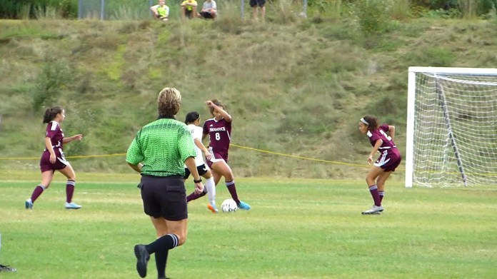 Geary, Andrews score late for 2-1 Woodland victory