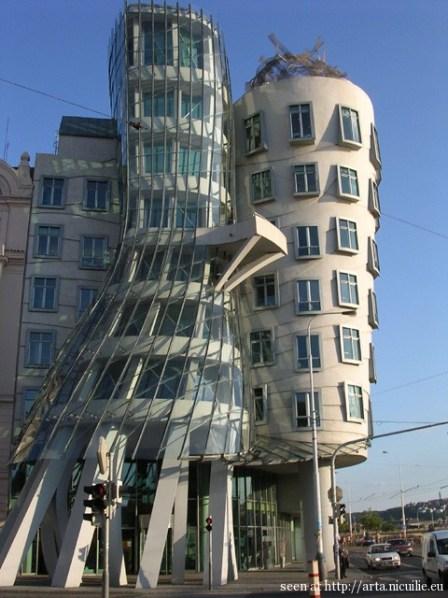 Prague_25_Dancing_Building