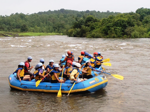 Vital Commands to Keep In Mind before Opting For White Water Rafting!