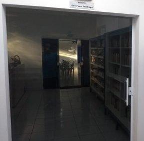 Porta de Correr Vidro Fumê