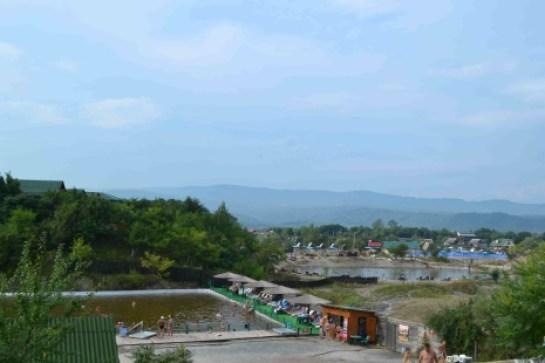 """Центральне озеро (справа) на місті шахти """"Кунегунда"""""""