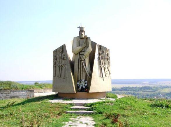 Пам'ятник Петрові Сагайдачному