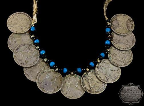 Жіноче намисто із дукатів із колекції Національного музею народного  мистецтва Гуцульщини та Покуття ім. Йосафата Кобринського у м. Коломия b701f220bee34