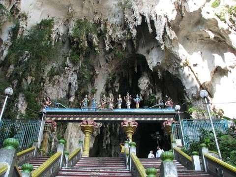 Batu Caves malaysia entrance
