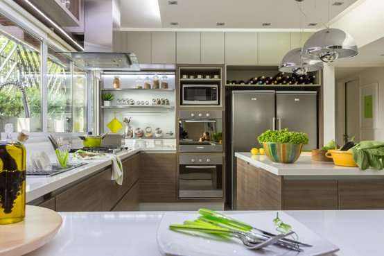 Another bright kitchen