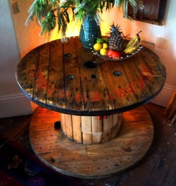 Cable reel drum table easy DIY home decor hacks to save money