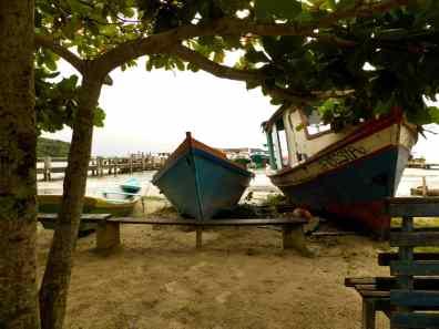 bateau Ilha do mel-Brésil