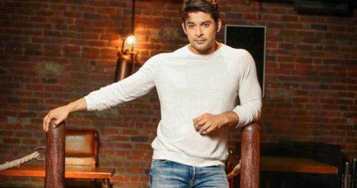 Sidharth shukla thanks doctors