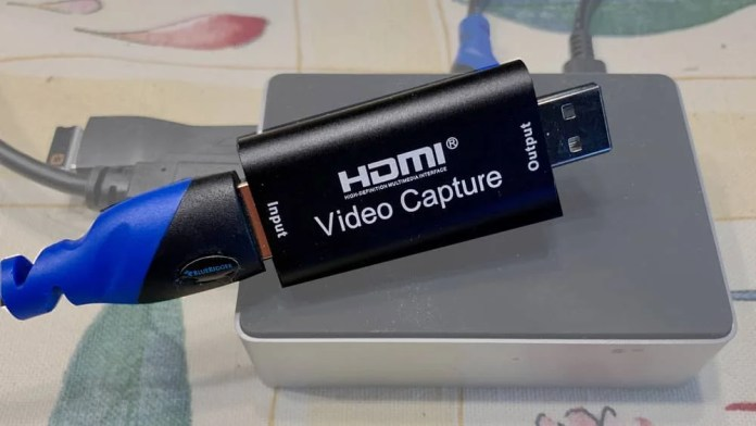 HDMI Capture device: DSLR as a webcam
