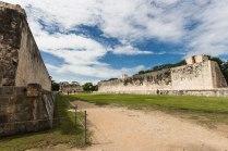 Ballcourt Chichen Itza 2