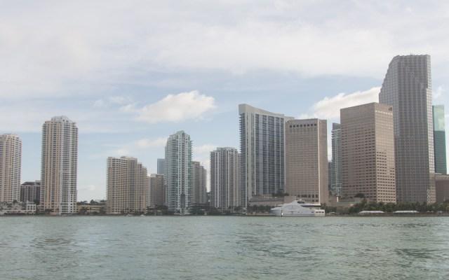 Miami Sehenswürdigkeiten Downtown Skyline Bootstour